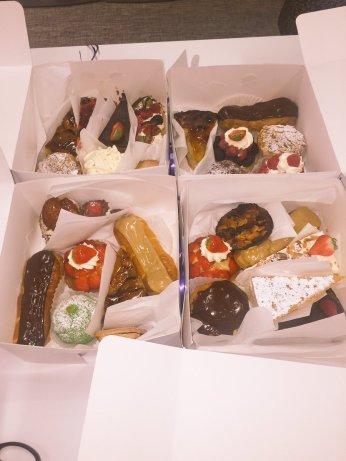 ronnienewbookcakes1