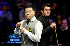 Chinese star Ding Junhui sees world number 1 Ronnie O'Sullivan as his snooker idol. /VCG