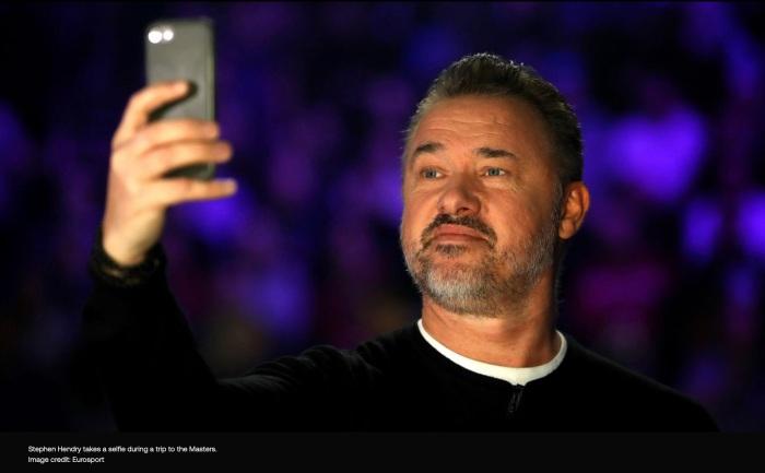 Hendry Selfie.jpg